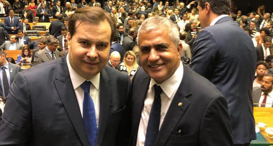 O deputado Christino Áureo toma posse na Câmara Federal. Christino foi eleito para a 56ª legislatura para primeiro mandato como deputado federal.