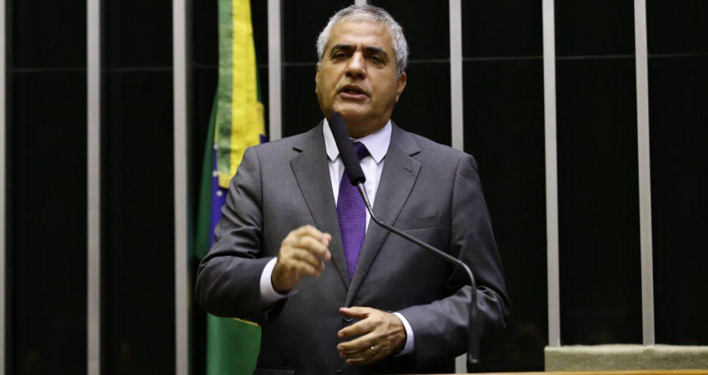 Medida que viabiliza empréstimos com recursos do FGTS para santas casas agora vai pro Senado. Christino Áureo vai trabalhar para o projeto entrar em vigor.