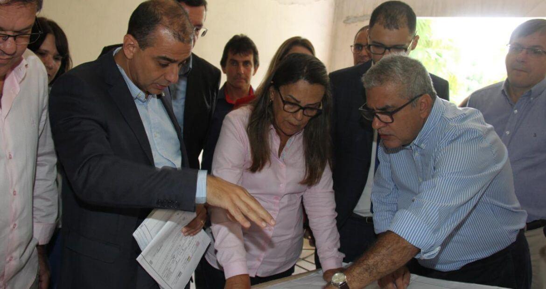 O deputado federal Christino Áureo foi convidado pelo prefeito de Nova Friburgo para acompanhar uma visita às obras do Hospital do Câncer.