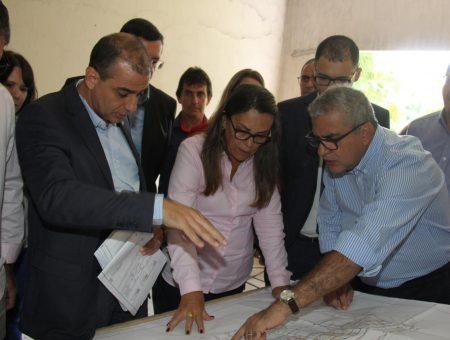 Deputado Christino Áureo visita obras do Hospital do Câncer em Nova Friburgo
