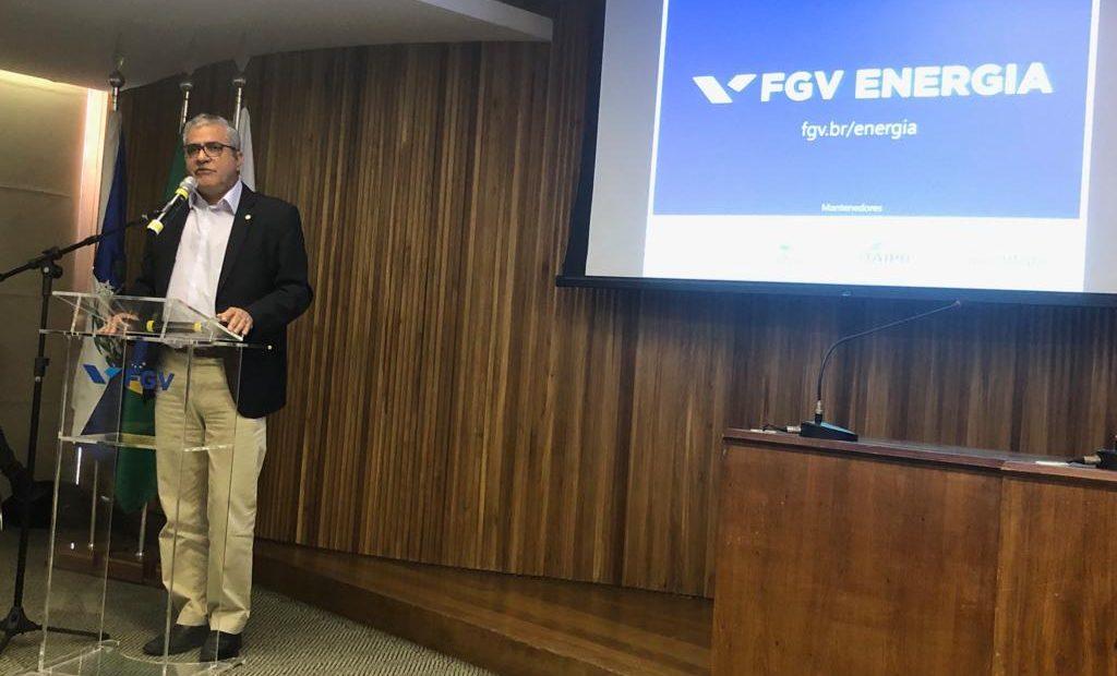 """O deputado federal Christino Áureo participou da abertura do seminário """"Descomissionamento no Brasil: oportunidades e desafios"""", organizado pela FGV Energia"""