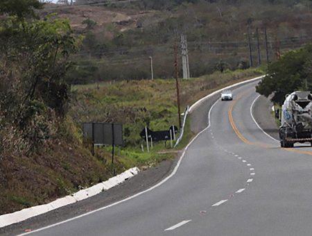 Christino Áureo critica devolução da concessão da BR-101