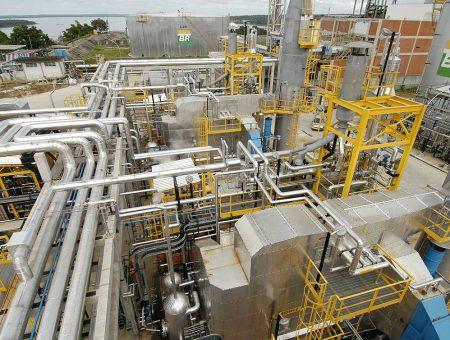 FREPER discute futuro do refino e a estratégia da Petrobras com a abertura do mercado